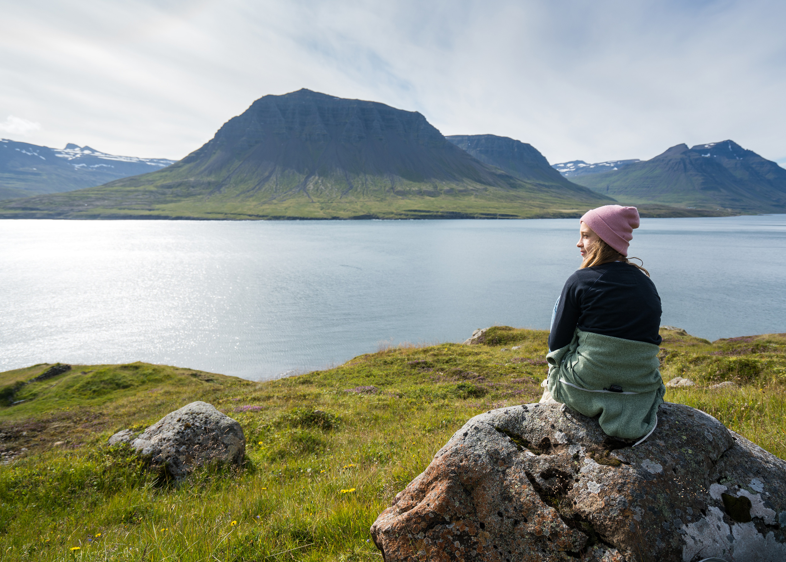 Kind am Fjord